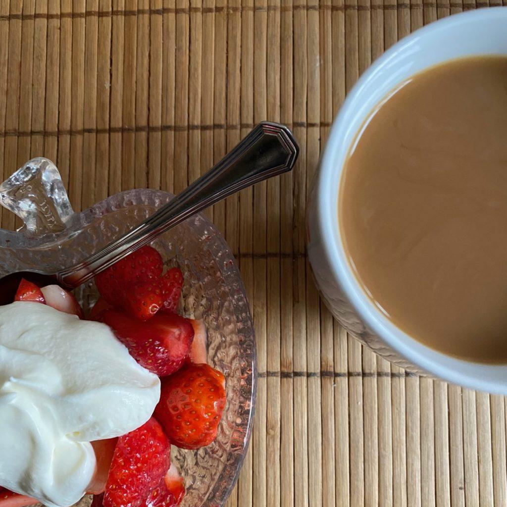Erdbeeren-mit-schlagsahne